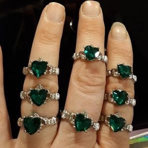 Jewelry - New Green Sapphire Claddagh Silver Ring.